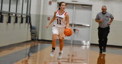 Lady Rebels pick up pair of wins at Thanksgiving Tournament